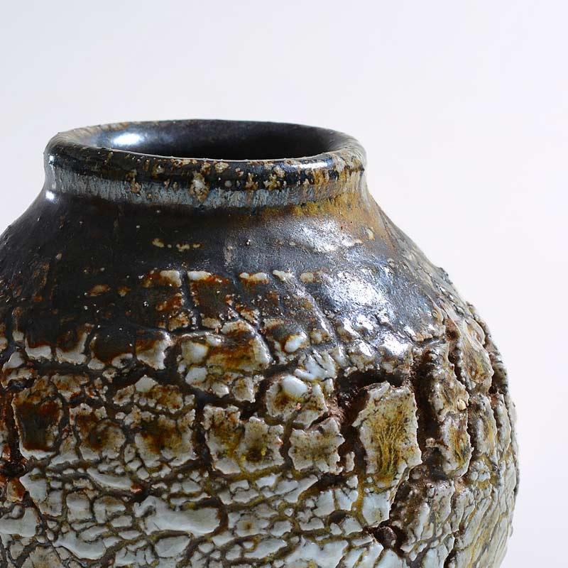 Crackle vase sodafired 2